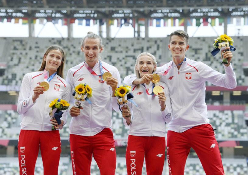 Polska mieszana sztafeta zdobyła złoty medal w Tokio! /KYDPL KYODO/Associated Press/East News /East News