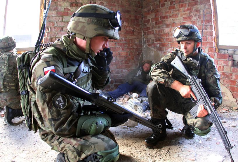 Polska musi być przygotowana nie tylko do wojny konwencjonalnej, lecz także do ataków w cyberprzestrzeni. /AFP