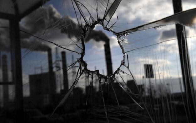 Polska na razie nie zmienia planów dotyczących energetyki jądrowej /AFP