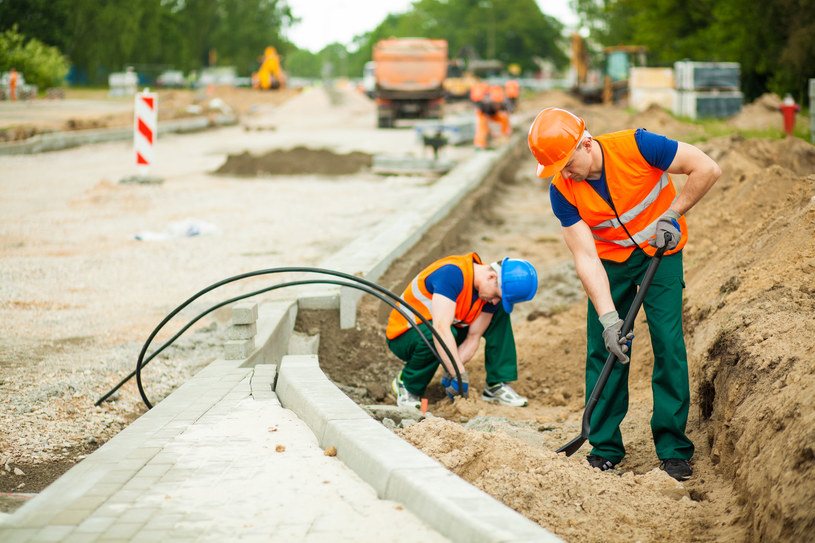 Polska otwiera się na zagranicznych pracowników /123RF/PICSEL