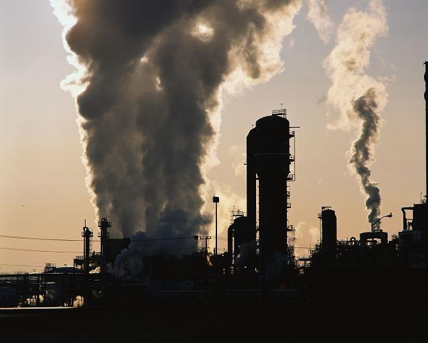 Polska po 1989 r. doświadczył jednej z najgłębszych deindustrializacji w powojennej historii Europy /©123RF/PICSEL