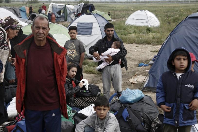 Polska powinna przyjąć uchodźców? Sondaż CBOS /PAP/EPA