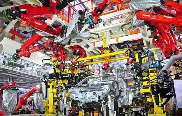 Polska produkuje mniej samochodów niż Czesi i Słowacy /