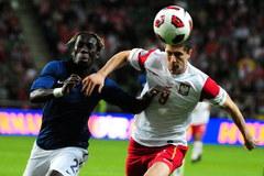 Polska przegrała z Francją po samobójczej bramce