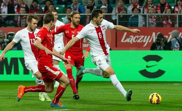 Polska - Szwajcaria 2:2! Piękny gol Milika, czerwona kartka Żyry