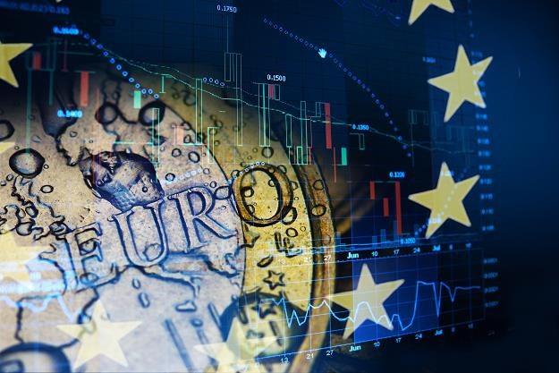 Polska wygrała spór z Komisją w Sądzie UE ws podatku handlowego /©123RF/PICSEL