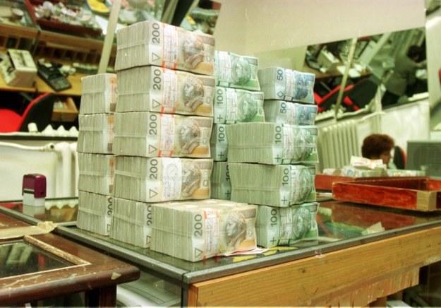 Polski budżet może tracić od 200 mln do miliarda zł rocznie /fot. Piotr Liszkiewicz /Agencja SE/East News
