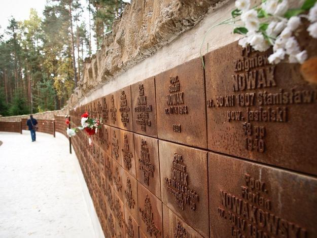 Polski cmentarz wojenny w Katyniu / fot. Ł. Miechowicz /Reporter