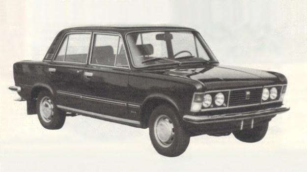 Polski Fiat 125p, restyling z 1975 r., miał być ostatnią modernizacją tego samochodu, od tego momentu produkcja miała w ciągu pięciu lat wygasnąć. /Motor