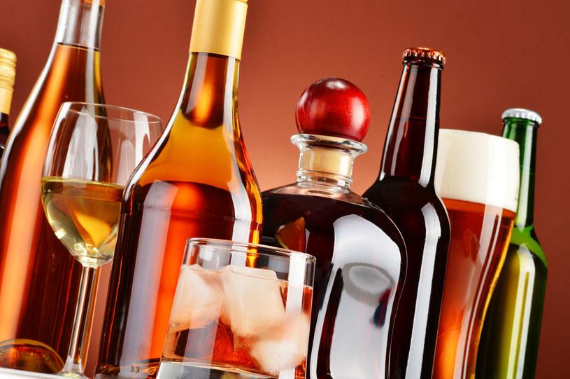 Polski handel szykuje się do rewolucji i sprzedaży alkoholu przez internet /123RF/PICSEL