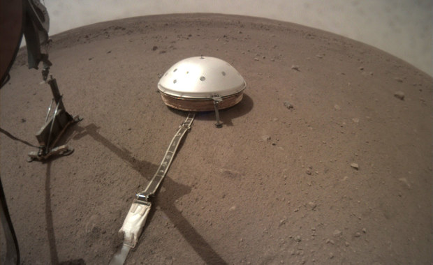 Polski Kret stanął na powierzchni Marsa. Za 10 dni zacznie kopać!