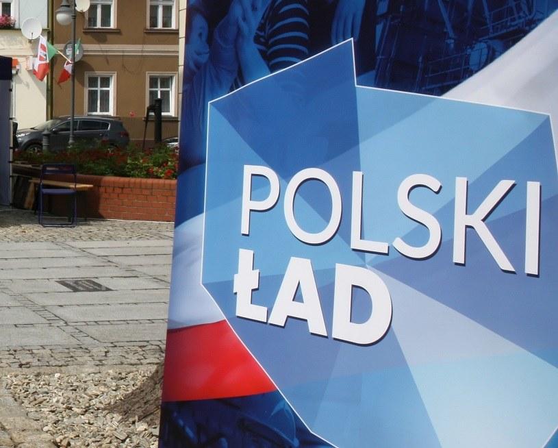 Polski Ład: Będzie mniejsza składka zdrowotna niż proponował PiS? /PAP