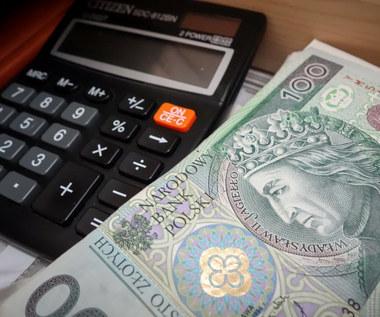 Polski Ład: Bez waloryzacji podatki będą coraz wyższe