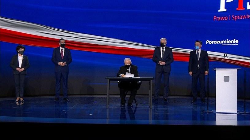 Polski Ład. Liderzy Zjednoczonej Prawicy podpisali wspólną deklarację /Polsat News /materiały prasowe