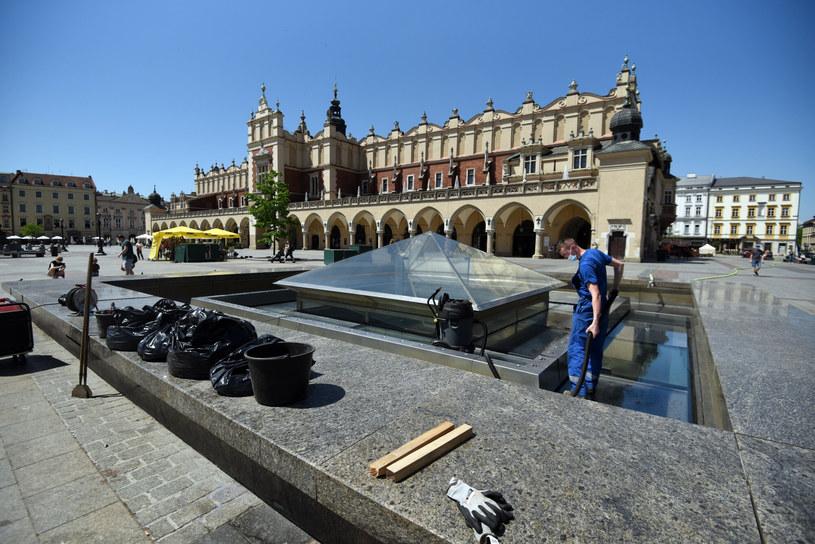 Polski Ład nie dla samorządów? Ubytki rzędu miliardów złotych (zdjęcie ilustracyjne) /Marek Lasyk  /Reporter
