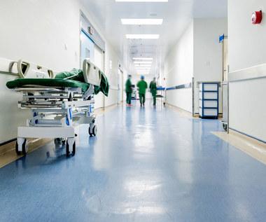 Polski Ład nie zatrzyma lekarzy zainteresowanych emigracją