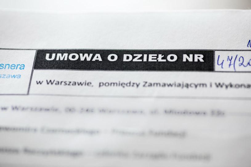 Polski Ład. Umowy o dzieło będą podatkowym eldorado? /Arkadiusz Ziółek /East News