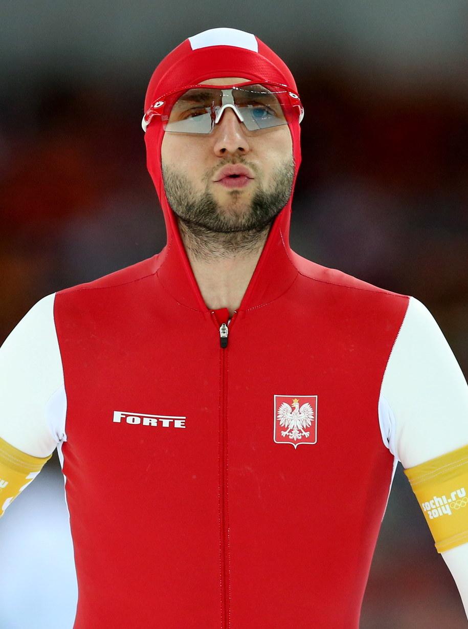 Polski panczenista Konrad Niedźwiedzki po wyścigu drużynowym o brązowy medal /Grzegorz Momot /PAP