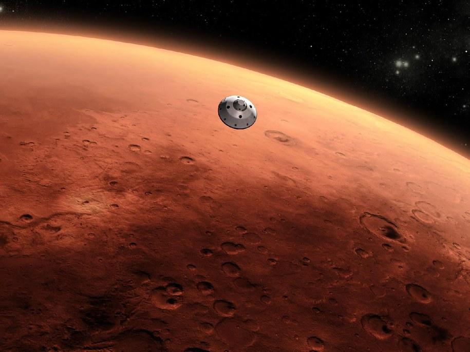 Polski robot zagłębi się w powierzchnię Marsa i zbada właściwości marsjańskiego gruntu. Misja InSight, w ramach której Kret poleci na Czerwoną Planetę, ma trwać dwa lata ziemskie (zdjęcie ilustracyjne) /NASA/News Pictures /PAP