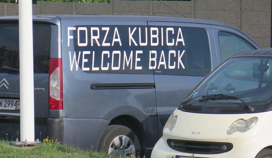 Polski samochód w okolicach toru Hungaroring pod Budapesztem /Maciej Pałahicki /RMF FM