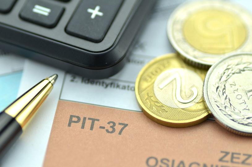 Polski system podatkowy nie należy do najprostszych /123RF/PICSEL