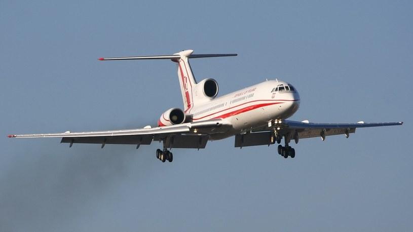 Polski Tupolew 154M o numerze bocznym 102 . Jest to maszyna tego samego typu jak ta , która 10.04.2010 r. uległa katastrofie w Smoleńsku /East News