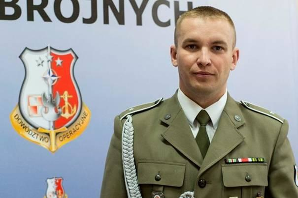Polski żołnierz i fotograf chor. Sebastian Kinasiewicz. /http://www.hoodriversheriff.com /materiały prasowe