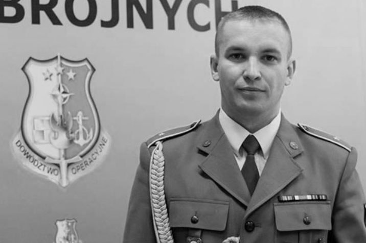Polski żołnierz i fotograf chor. Sebastian Kinasiewicz /http://www.hoodriversheriff.com /materiały prasowe