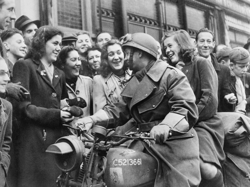 Polski żołnierz w Bredzie w listopadzie 1944 roku /Wikimedia Commons /domena publiczna