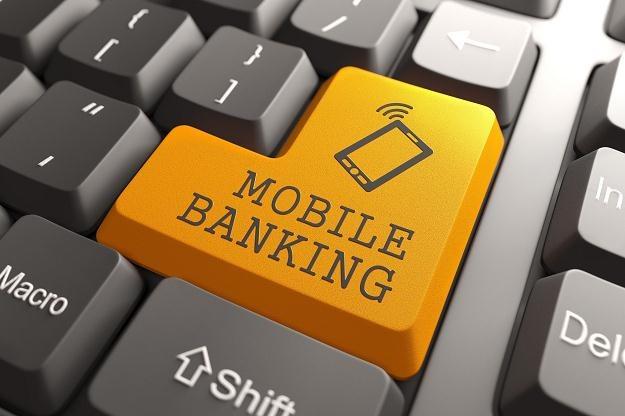 Polskie banki coraz gorzej radzą sobie z postępem technologicznym /©123RF/PICSEL