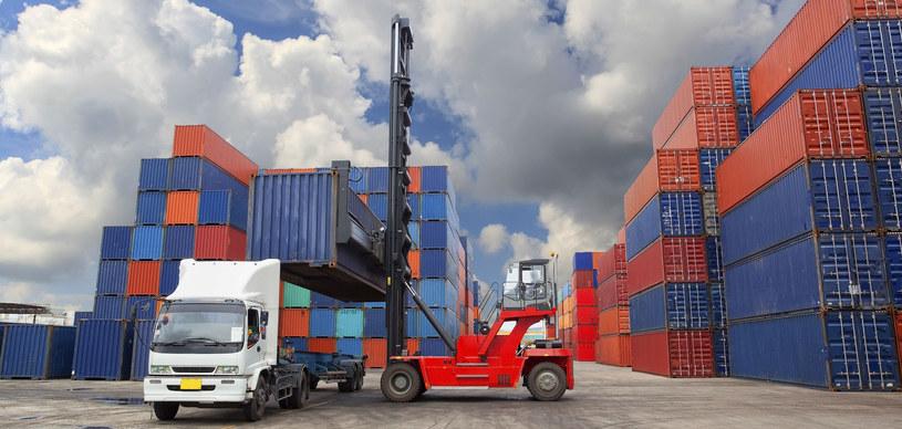 Polskie firmy marzą o tym, żeby znaleźć rynek, na który mogłyby eksportować, bo eksport to żyła złota /123RF/PICSEL