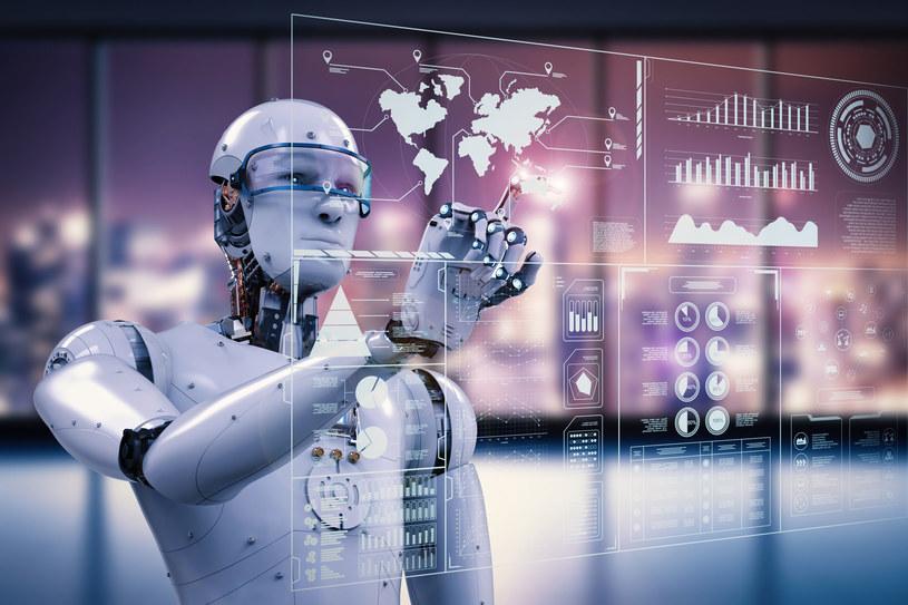 Polskie firmy obawiają̨ się̨ robotyzacji, uważają̨, że jest ona droga, skomplikowana i mało elastyczna /123RF/PICSEL