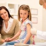 Polskie mamy chcą obowiązkowych i bezpłatnych szczepień