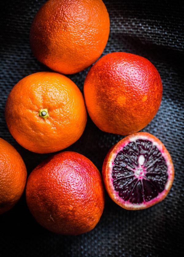 pomarańcze czerwone na zdrowie /© Photogenica