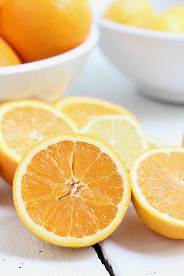 pomarańcze odświeżanie powietrza /© Photogenica