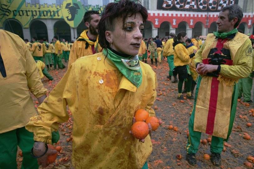 Pomarańczowa bitwa w Ivrei /Getty Images/Flash Press Media