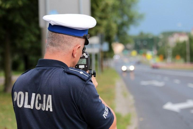 """Pomiar prędkości przy użyciu """"suszarki"""" często budzi wątpliwości. /Piotr Jędzura /Reporter"""