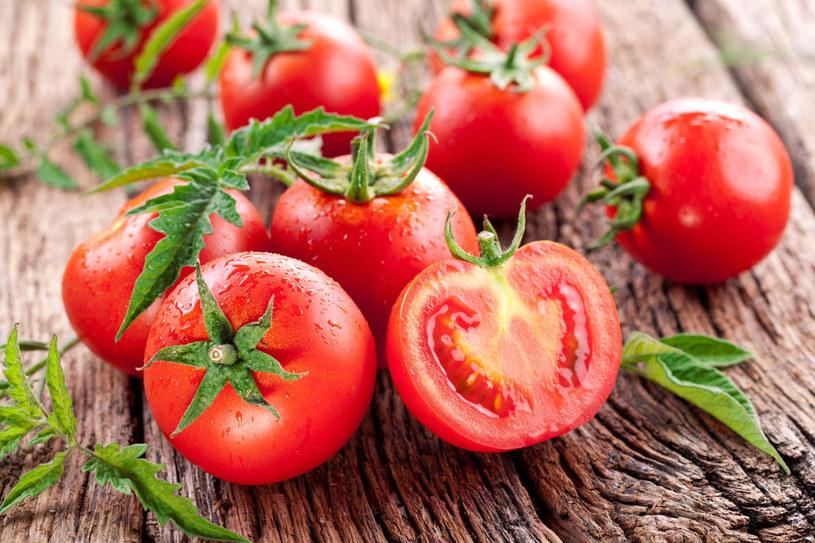 Pomidor jest kopalnią składników mineralnych /123RF/PICSEL