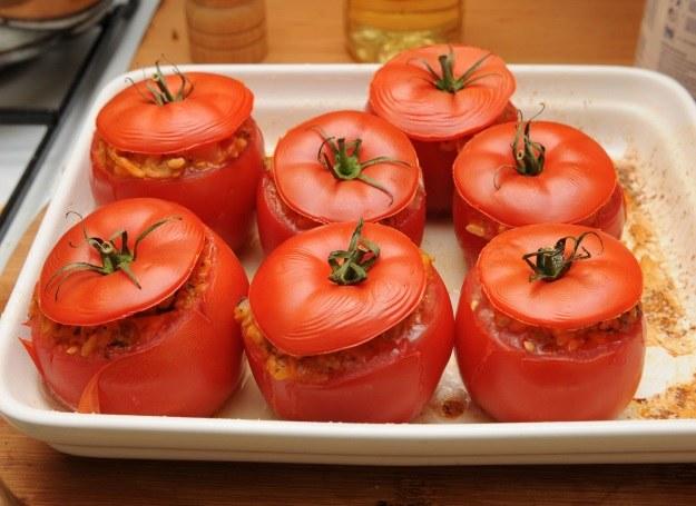 Pomidory faszerowane mięsem mielonym /123RF/PICSEL