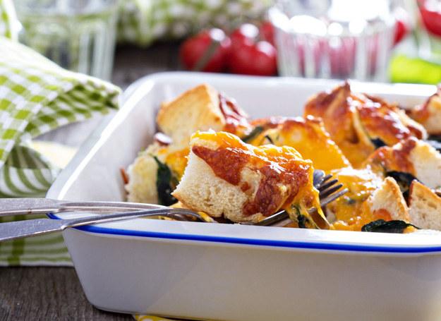 Pomidory z puszki możesz zastąpić świeżymi /123RF/PICSEL