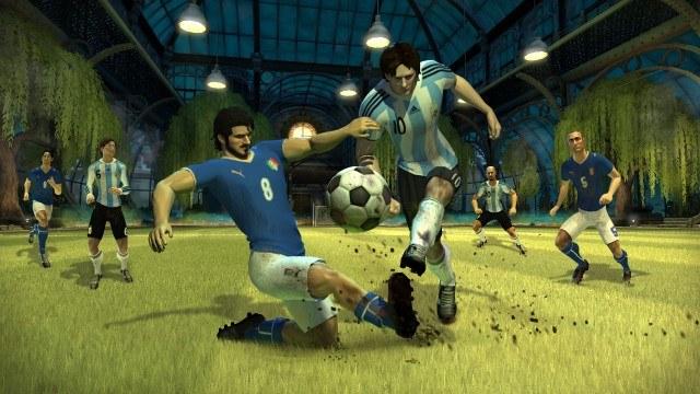 Pomimo kreskówkowego stylu grafiki piłkarzy rozpoznaje się bez pudła /Informacja prasowa