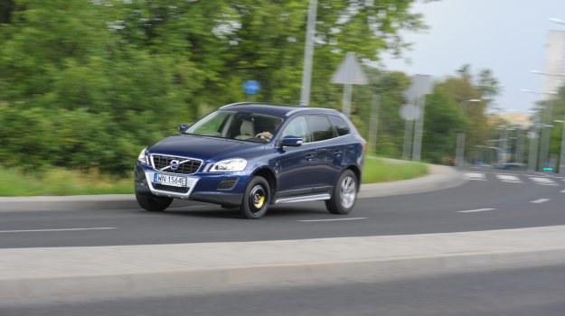 Pomimo nietypowego wyglądu, koło dojazdowe wcale nie zagraża bezpieczeństwu jazdy. /Motor