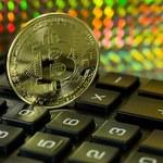 Pomnażać pieniądze nie jest łatwo. Na bitcoinie urosła już bańka, która zaraz pęknie