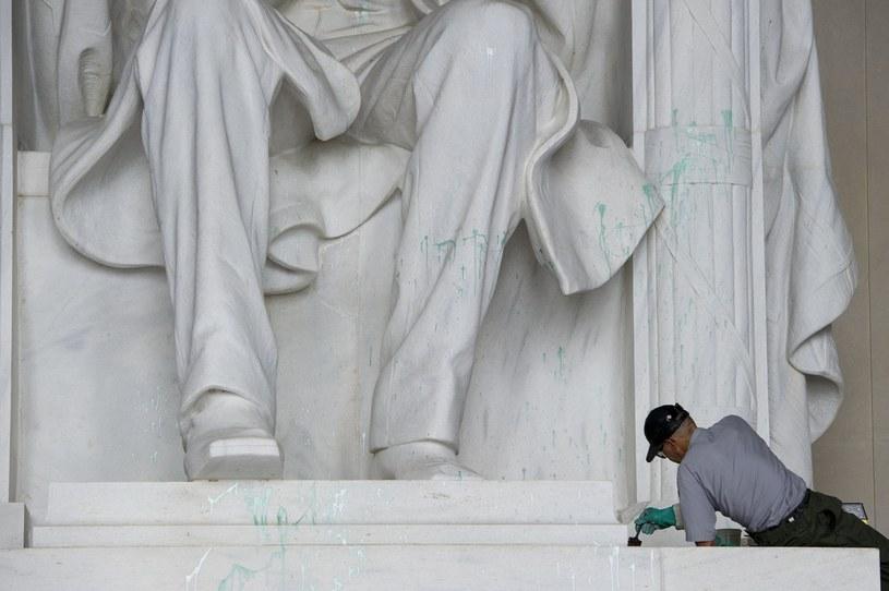 Pomnik amerykańskiego prezydenta Abrahama Lincolna w Waszyngtonie /AFP