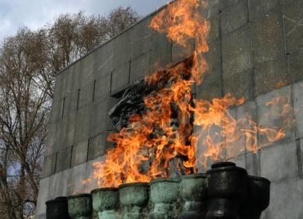 Pomnik Bohaterów Getta / fot. M. Grzelak /Agencja SE/East News