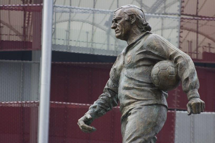 Pomnik Kazimierza Górskiego przed Stadionem Narodowym /East News