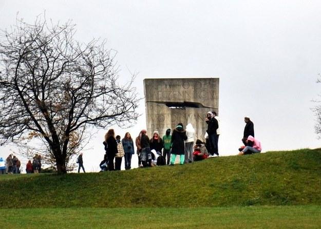 Pomnik na terenie byłego niemieckiego obozu w Płaszowie /M. Lasyk /Reporter