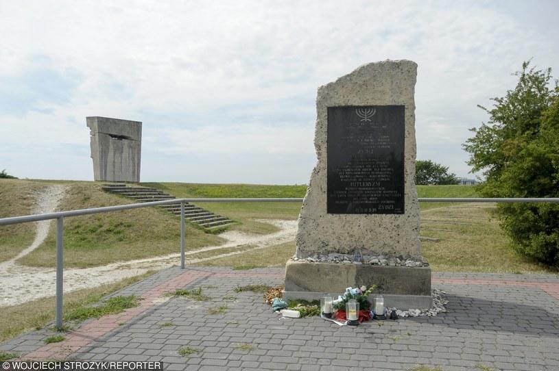 Pomnik na terenie dawnego obozu koncentracyjnego w Płaszowie /Wojciech Strozyk/REPORTER /Reporter