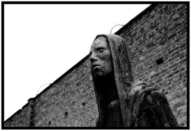 Pomnik ofiar niemieckiego obozu koncentracyjnego w Ravensbrück /Cyril Bitton / Polaris /East News