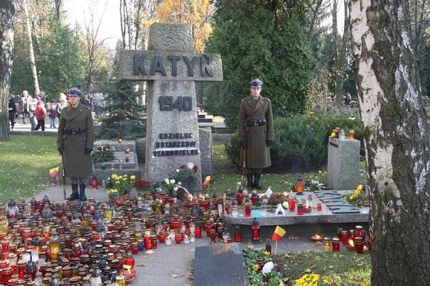 Pomnik poświęcony zamordowanym w Katyniu, Kozielsku, Ostaszkowie i Starobielsku, fot. S. Kowalczuk /East News